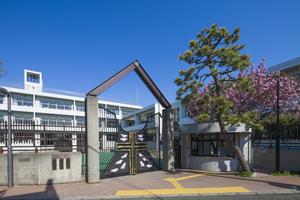 ヨゼフ校舎横ポスタ-.JPGのサムネイル画像