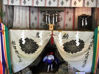 1胎内樹型神社.jpg