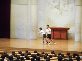 2016児童集会(体育委員会)①.jpg